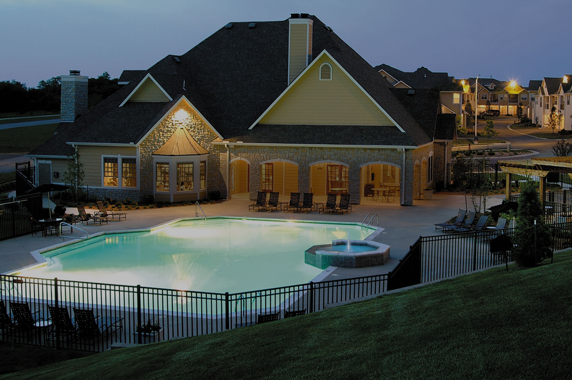 Peachy The Manor Homes Of Fox Crest Apartments In Kansas City Mo Interior Design Ideas Clesiryabchikinfo